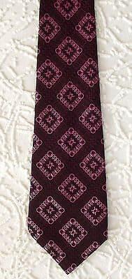 Men's vintage tie 1970s check patterned pink Terylene brocade HG